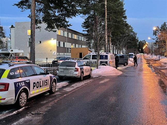 Det var ett stort polispådrag i Sveden under onsdagskvällen där en efterlyst person greps.