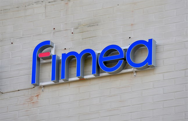 Fimea har inte fått in några fler anmälningar om blodpropp i hjärnan efter vaccinering med Astra Zenecas coronavaccin.