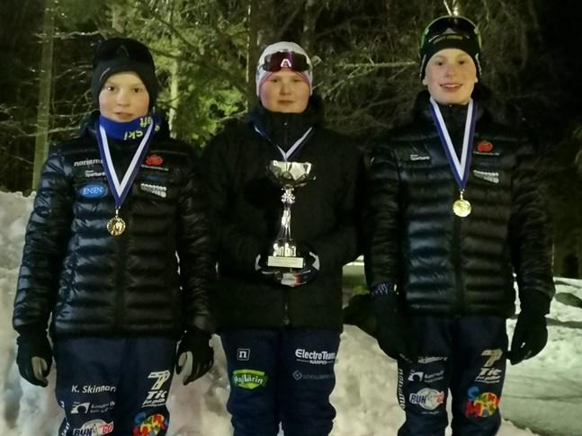 Här är Yttermarks vinnarlag. Pontus Yrjans, till vänster, Johan Yrjans och Hannes Bengs.