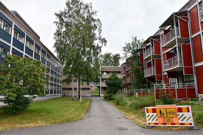 Övervakningen av coronadrabbade utbytesstudenter fortsätter bland annat i Studentbyn i Åbo. Arkivbild.