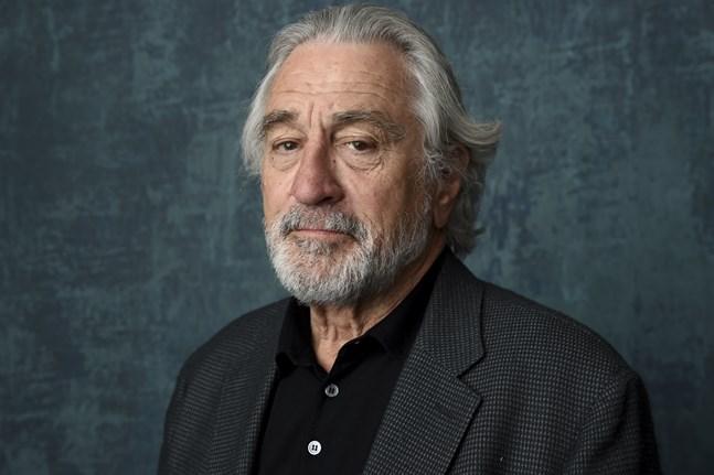 Tribeca filmfestival blir av, säger Robert De Niro i ett pressmeddelande.