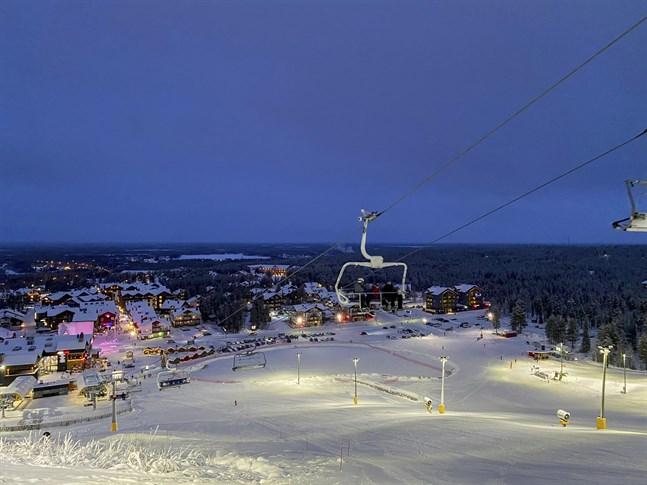 Polisen utreder tre karantänsbrott i Kittilä i nordvästra Lappland.