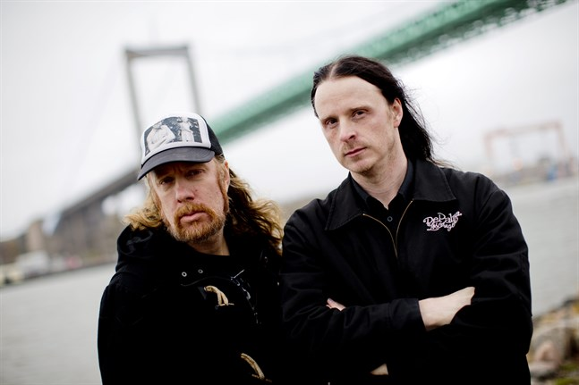 """Tomas """"Tompa"""" Lindberg och Anders Björler från At The Gates. Arkivbild."""
