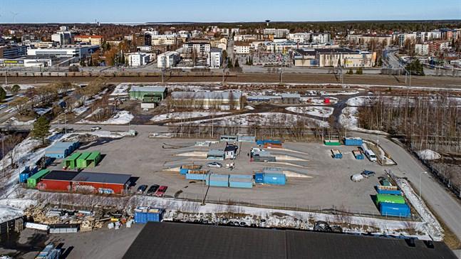 Ekorosks åtevinningsstation i Karleby finns just nu i Kosilområdet, men en flytt är aktuell.