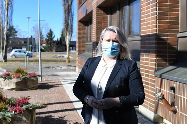 Marjo Österdahl vill att det ska vara låg tröskel att ta kontakt med henne. Hon är personalchef i en stor organisation med 900 anställda.