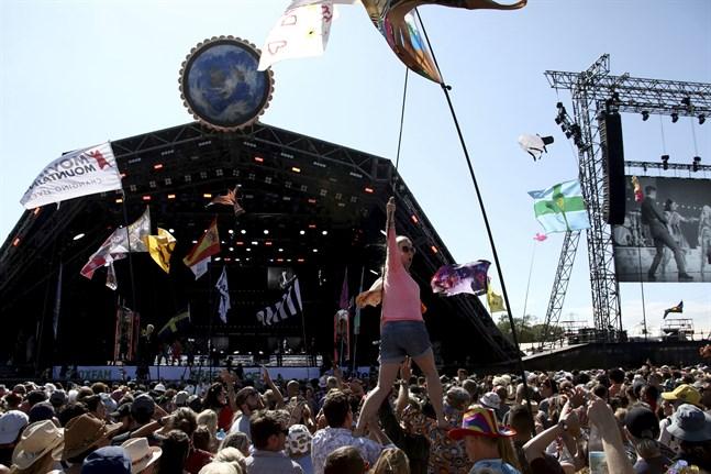 Glastonburyfestivalen hör till några av dem som nu får ekonomiskt stöd i Storbritannien. Arkivbild.