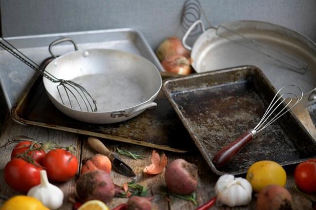 Plåtmat är den optimala middagslösningen. Enkel kylskåpsrensning utan diskberg.