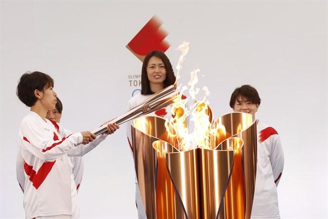 OS-facklan tändes i Naraha i Fukusima för nästan två veckor sedan och kommer att färdas genom Japan fram till OS-invigningen i Tokyo den 23 juli.