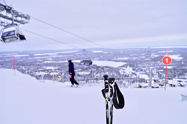 Finländarna reste klart mer under påskhelgen jämfört med i fjol. Framför allt skidcenter var populära resmål.