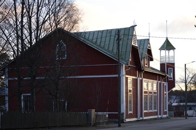 Arbetarföreningens hus i Kaskö har renoverats i flera etapper. Nu har ett nytt bidrag beviljats.