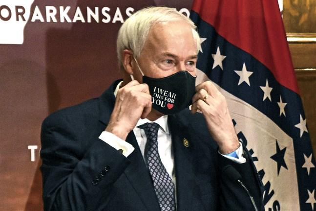 Arkansas guvernör Asa Hutchinson lade sitt veto mot lagstiftningen, men delstatsparlamentet körde över hans beslut. Arkivbild.