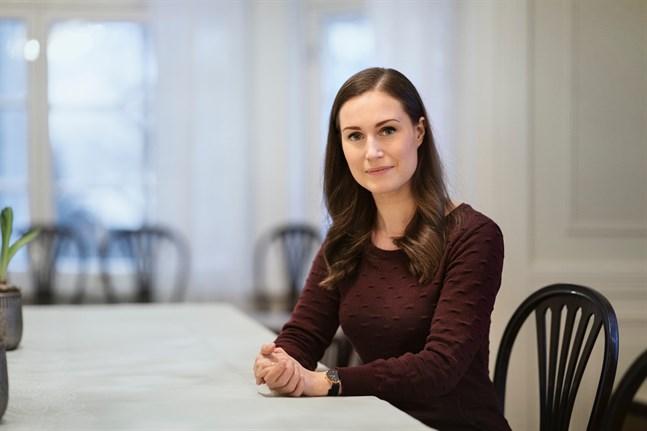SDP:s partiordförande, statsminister Sanna Marin lyfter fram angörigvården och psykvården för barn och unga som centrala teman i kommunalvalet. Arkivbild.