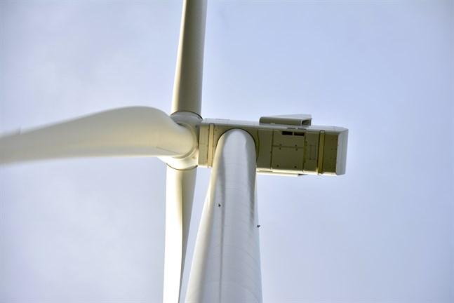 Trots gränsvärden är ljudet från turbinerna ett problem, anser skribenten.