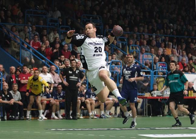 Christian Zeitz är en tysk handbollsspelare.