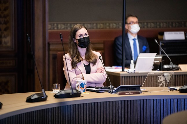 Regeringen med statsminister Sanna Marin (SDP) i spetsen vill höra medborgarnas åsikter om hur Finland borde avveckla coronarestriktionerna.