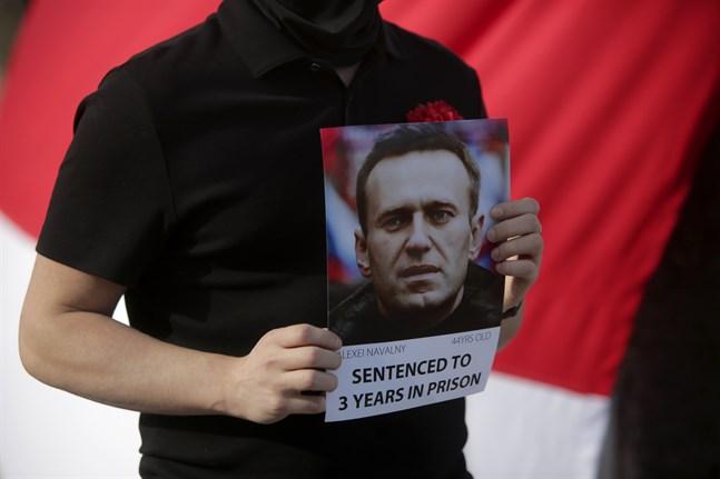 Flera kulturkändisar kräver i ett uppror att Navalnyj ska få den vård han har rätt till. Arkivbild.