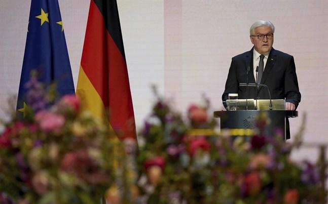 Tysklands president Frank-Walter Steinmeier vid minnesceremonin.