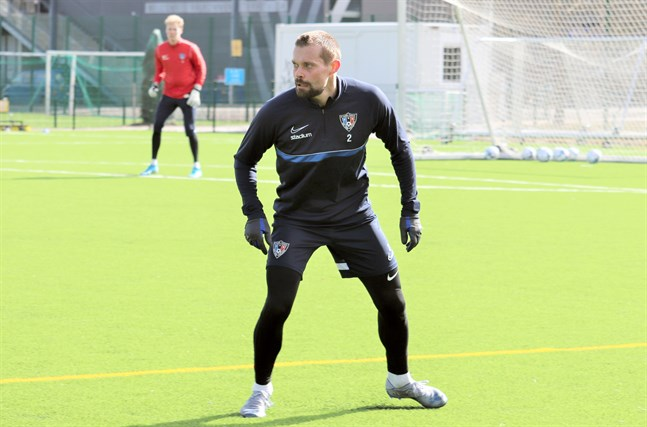 Jesper Engström gör sin andra säsong i FC Inter. Han trivs väldigt bra i klubben.