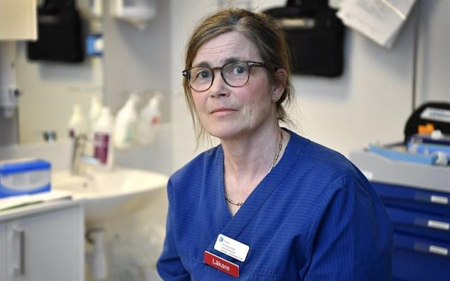 – En bra arbetsdag känner jag en oerhörd tacksamhet över att få vara en del av vaccineringen, säger Kristina Fant, verksamhetschef på Capio vårdcentral på Lidingö.