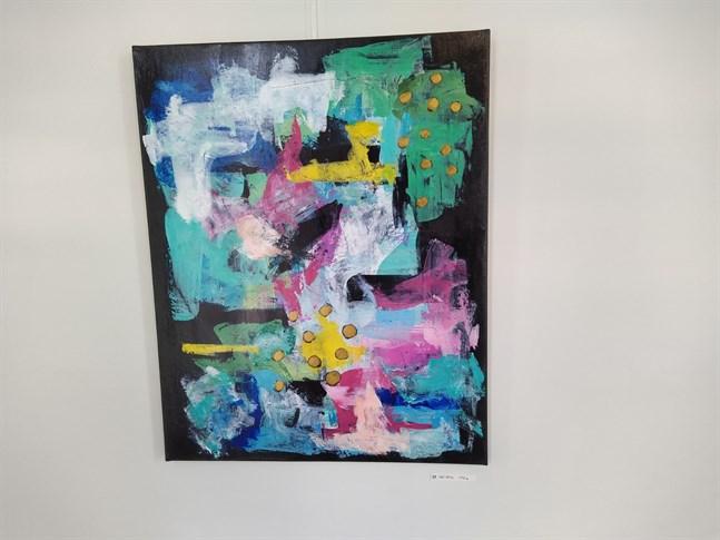 Pop rock och ytterligare 32 målningar av Linda Österåker ställs ut i Konsthallen under april månad.