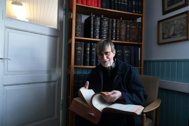 I Lloyds register, som ingår i donationen till sjöfartsmuseet, finns i stort sett alla handelsfartyg över världen registrerade, berättar Christer Norrvik.