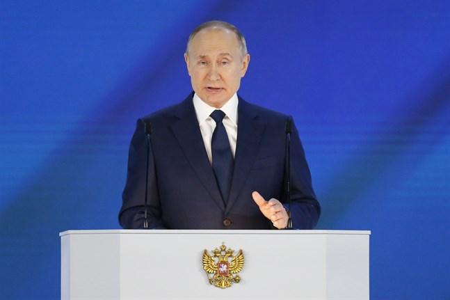 Vladimir Putin håller sitt årliga linjetal i Moskva.