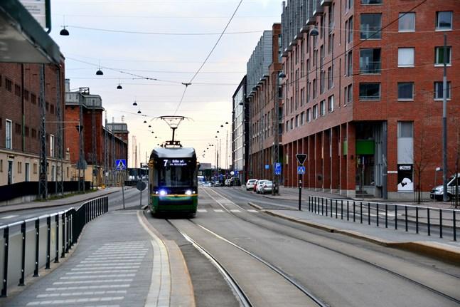 Transport- och kommunikationsverket Traficom anser att normalt passagerarantal åter kan tillåtas i kollektivtrafiken.