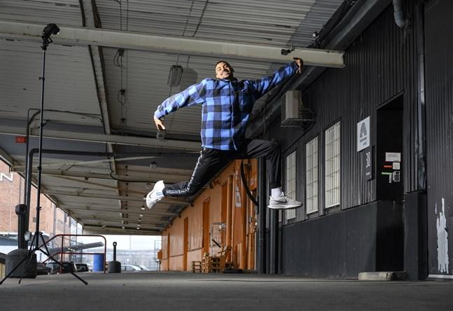 Michel Tornéus dansar vidare i