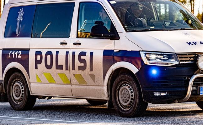 Polisen vill ha tips om en vit skåpbil.