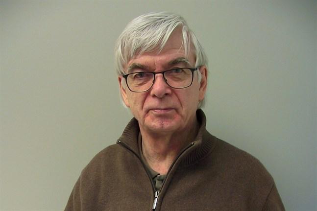 Lars Junell är ordförande för Gamlakarleby Manskör.