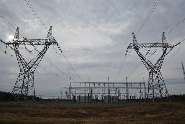 Fingrid satsar 14 miljoner euro på att utvidga elstationen i Toby. Bilden är från elstationen i Kristinestad.