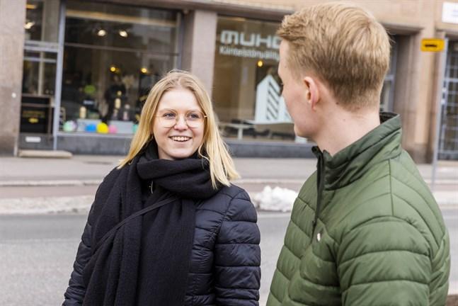 Julia Liewendahl är medlem i Åbo Akademis kårstyrelse och gästar det senaste avsnittet av nyhetspodden.