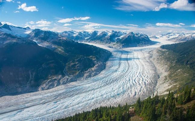 Glaciären Klinaklini i Kanada täcker än så länge en yta på cirka 500 kvadratkilometer, men minskar i ökande takt.