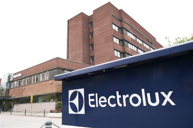 Electrolux varnar för att bristen på halvledare kan påverka produktionen.