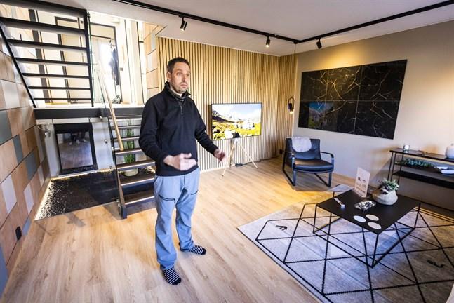 Niklas Österåker grundade byggföretaget Topnic 2002. Han tror att allt fler föredrar färdiga, bekväma lösningar när de köper bostad.