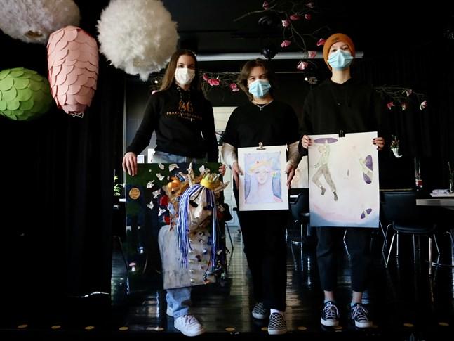 Emelie Molander, Sara Asplund och Agnes Renvall är tre av de kreatörer som ställer ut vid After Eight genom bildkonstlinjen Balatako.