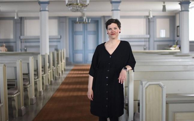 Erica Back kommer att göra en sak på konserten i Övermark kyrka som hon aldrig gjort förut. Men det blir en överraskning för publiken.