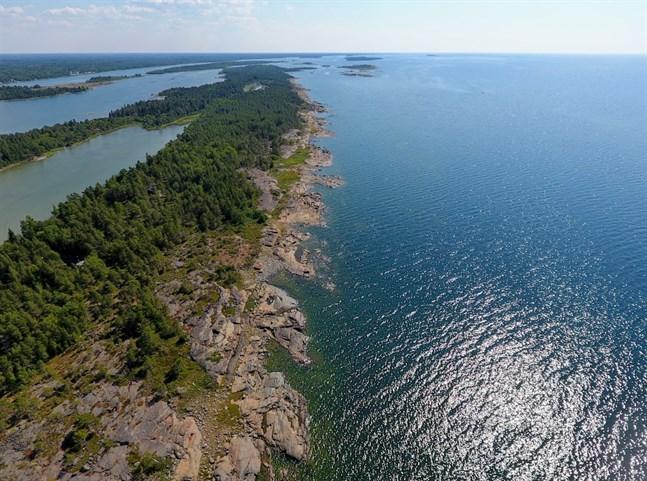 Österbottens södra utpost är hotad, skriver Håkan Teir-Siltanen.