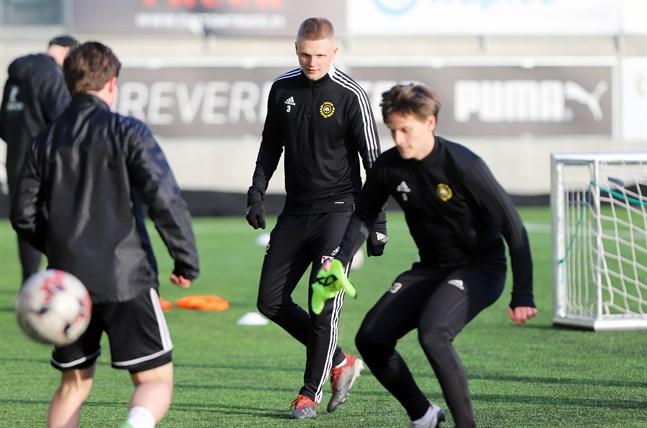 Tobias Björkqvist hör till nyförvärven i Sundom IF.