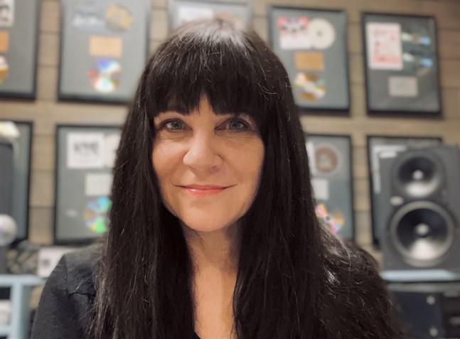 Ann Slangar leder musikförlaget Sugar House Publishing i Vasa som haft stora framgångar inom J-pop och K-pop, det vill säga låtar i Japan och Korea.