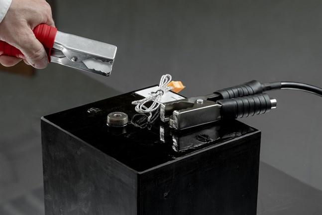 De patenterade specialbatterierna ska börja tillverkas i S:t Michel nästa år.