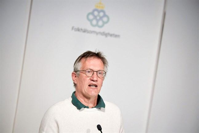 """Statsepidemiolog Anders Tegnell är förstås en huvudperson i boken """"Flocken"""", liksom hans företrädare Johan Giesecke."""