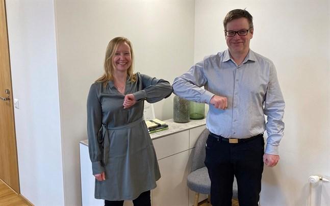 Affären är klar, konstaterar köparen Noogas vd Monika Ahlskog och säljaren Dama Consultings grundare och vd Dan Liljedal.
