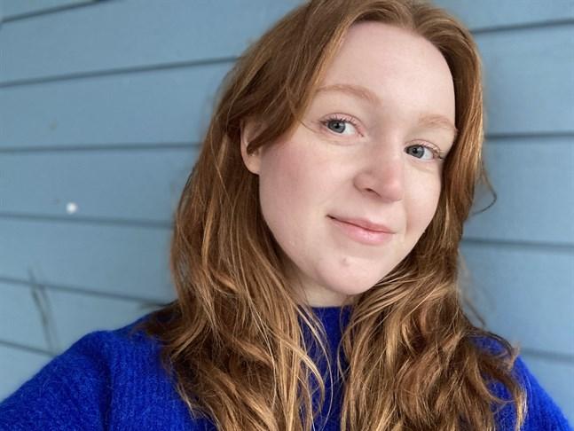 Evelina Kulp är journalist till utbildningen, men skriver gärna också skönlitterärt.