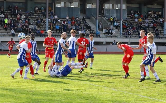 Jaro krigade sig till en seger mot Klubi 04.