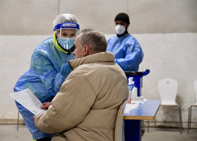 Närmare 90 000 personer i Finland har bekräftats ha covid-19 sedan epidemins början. Arkivbild.