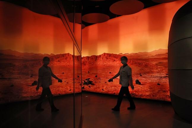 En utställning i Peking föreställande ett Marslandskap.