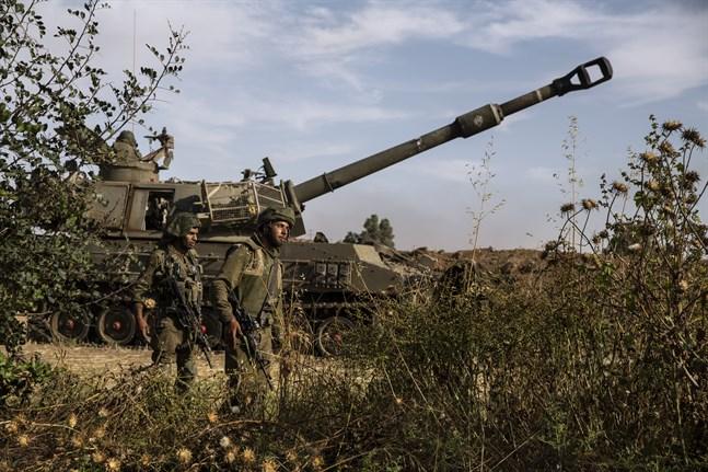 Israeliska soldater i närheten av Gaza.