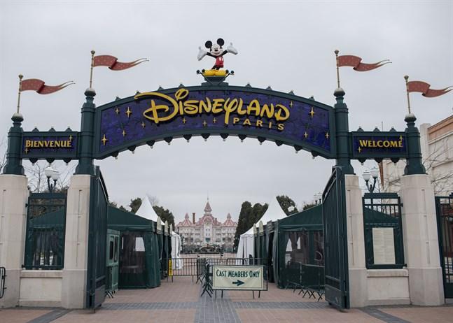 Disneyland i Paris gör sig redo att välkomna besökare igen. Arkivbild.