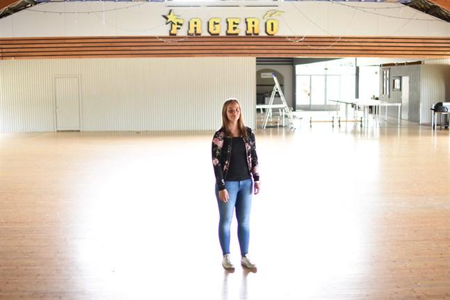 Dansgolvet i Fagerö står tomt ännu i höst i väntan på nästa säsong. Då hoppas ordförande Jessica Söderman på att Rangsby uf kan ha normal verksamhet.